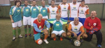 E as partidas continuam no Campeonato do Sindipetro-LP e CEPE 2004 de Futebol Society